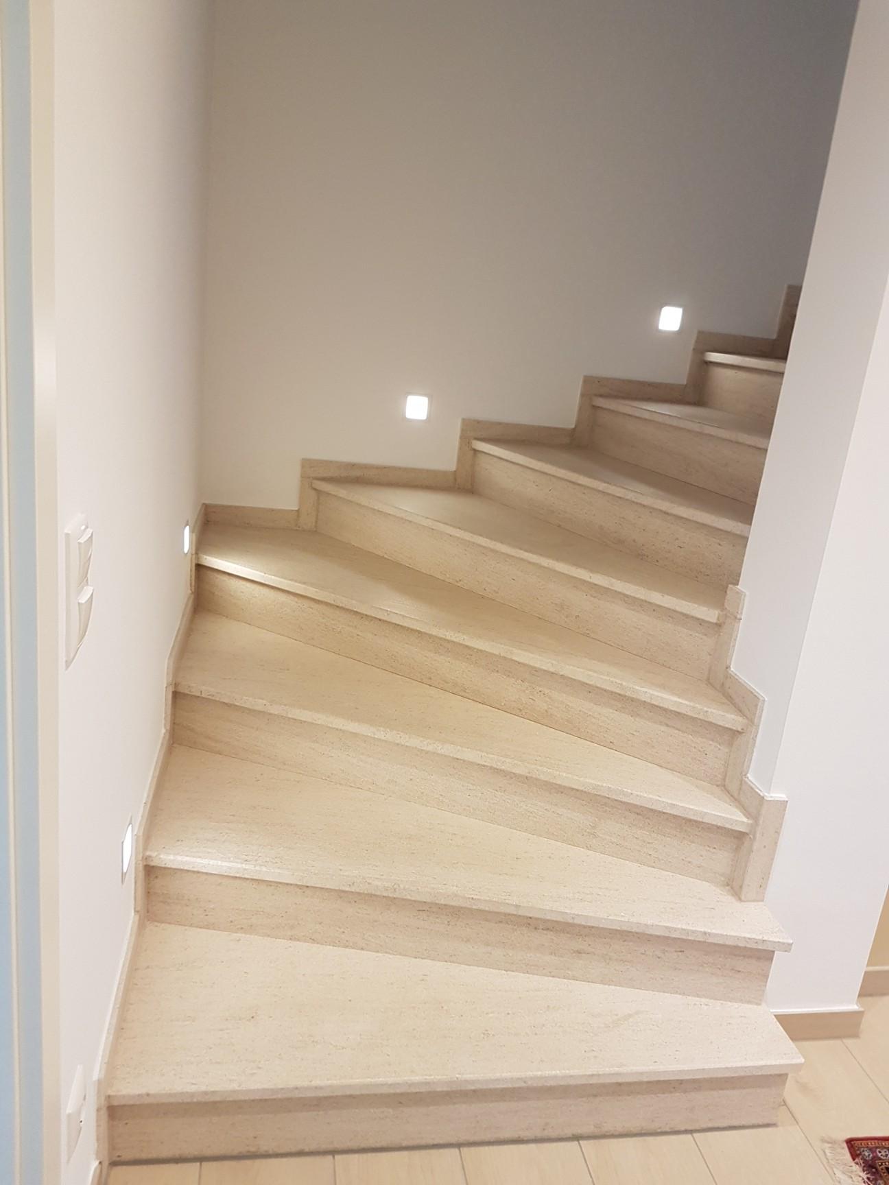 treppen aus naturstein von glaum natursteindesign. Black Bedroom Furniture Sets. Home Design Ideas