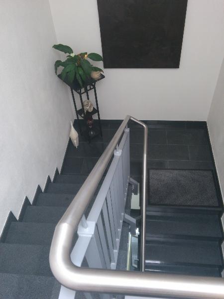 treppenbelag ausentreppe holz. Black Bedroom Furniture Sets. Home Design Ideas